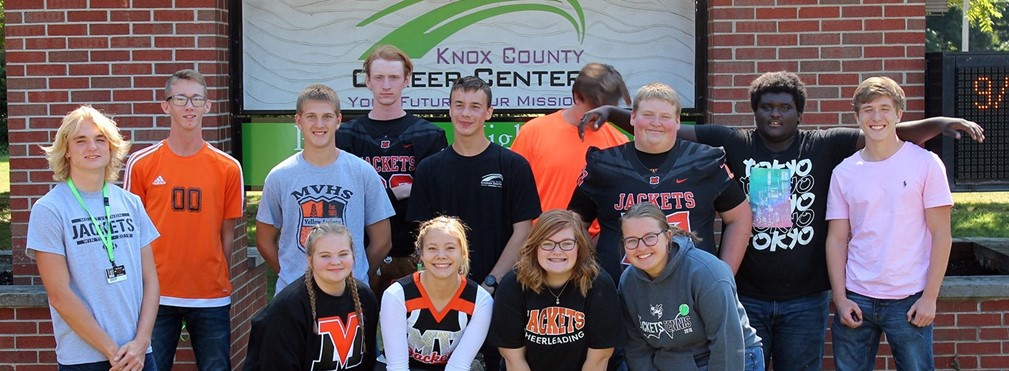 Fall athletes that attend the Knox County Career Center.