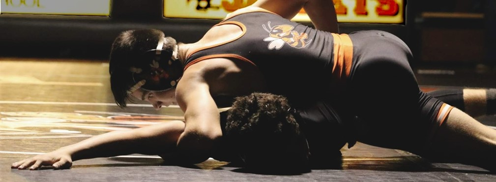 Rylan Firebaugh wrestling Hilliard Darby opponent.