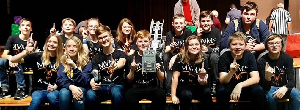 Middle School Vex Robotics Team Champs