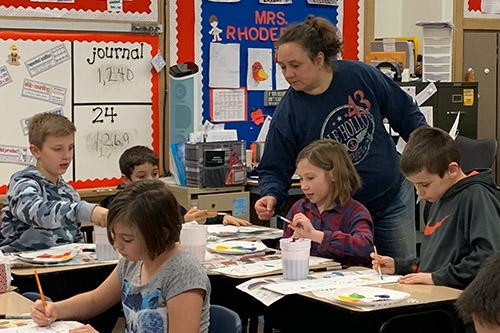 Dan Emmett students in art class.